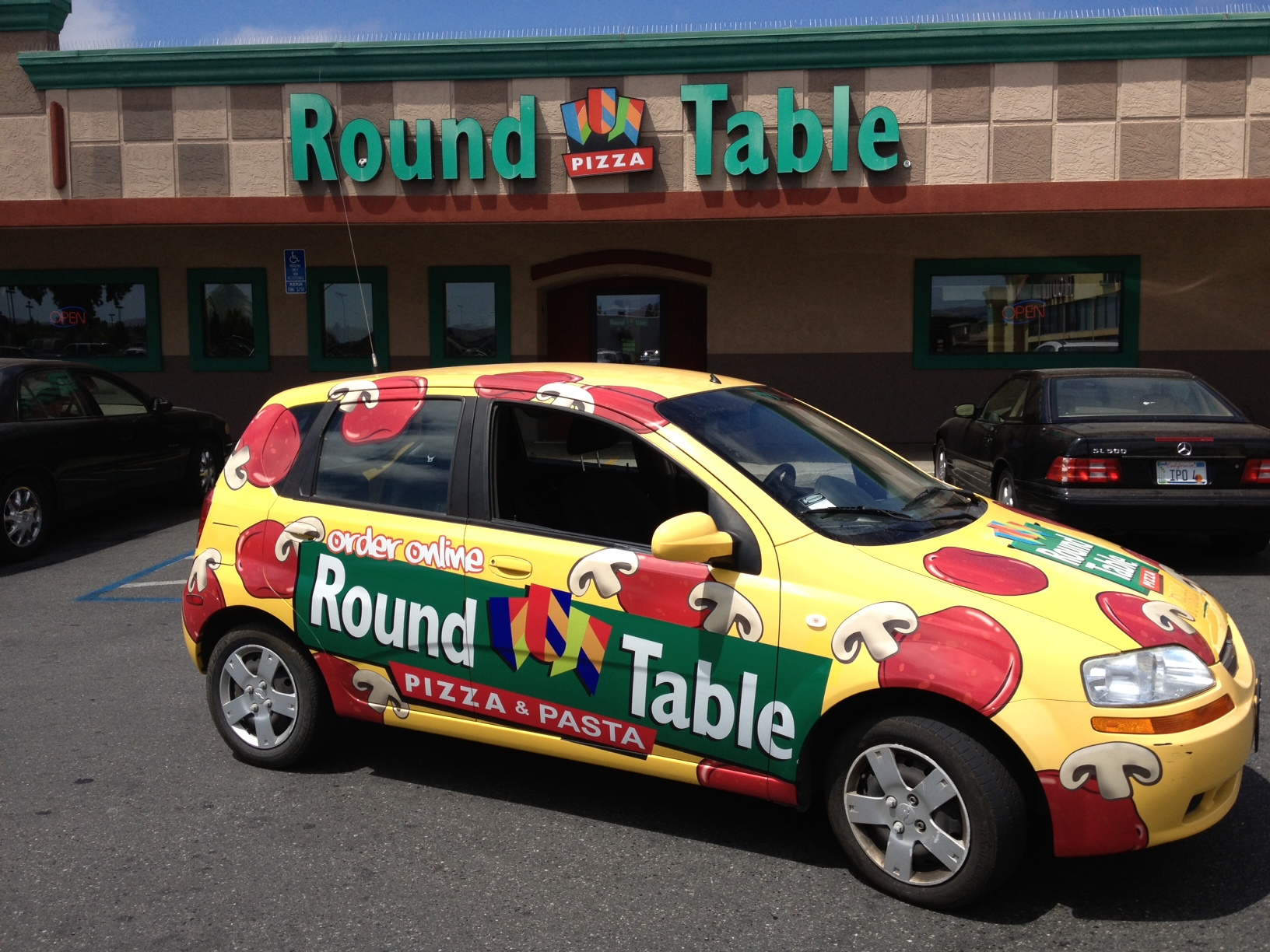 Round Table Pizza Fleet Delivery Wrap · SCS Wraps